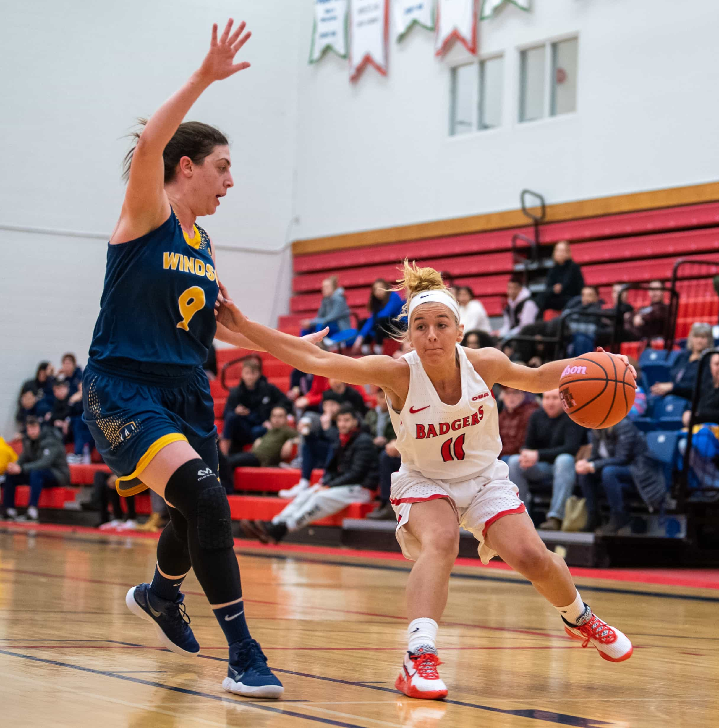 Tatti shows out once again; Badgers split last two games