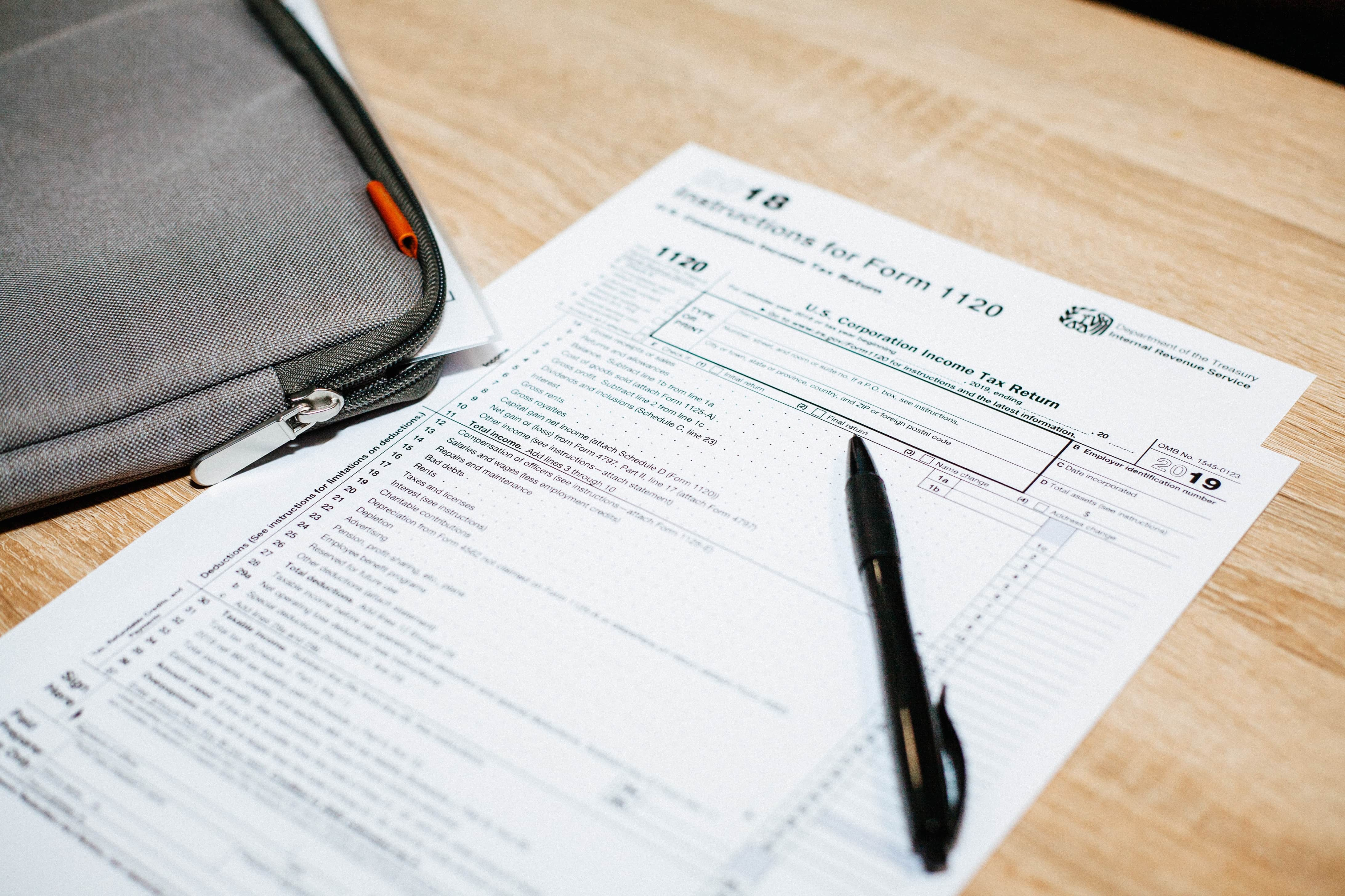 Tax Clinic offers to help students through tax season